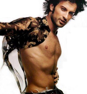 turkish singer Tarkan, with an open shirt!