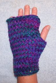 Loom Knit Fingerless Gloves Pattern : Loom Knitting: Provo Crafts Fingerless Gloves pattern