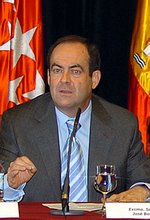 José Bono, ministro de Defensa