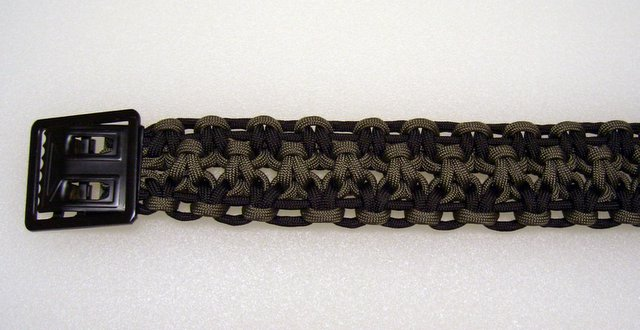 How To Make Paracord Belt Wednesday  August 09  2006