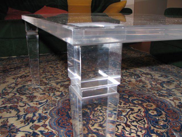 Lavorazione materie plastiche tavolini - Tavolini plexiglass ...