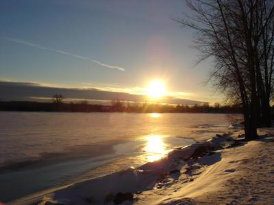Couché de soleil sur Sainte Anne (Banlieue de Montréal, province du Québec, Canada)