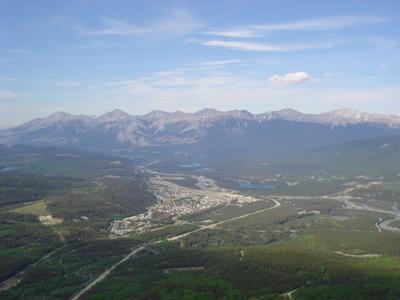 Jasper en forme de J  (Montagnes rocheuses canadiennes en Colombie Britannique - Alberta)