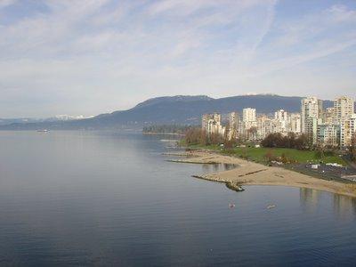 English bay depuis le pont de Burrard à Vancouver en Colombie Britannique, Canada