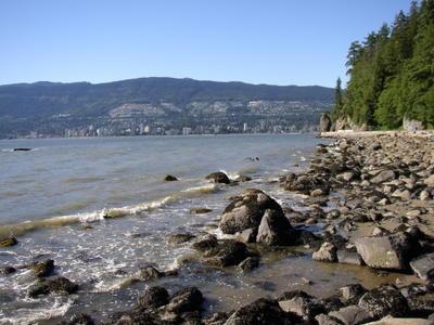 West Vancouver depuis Stanley Park (Vancouver, Colombie Britannique, Canada)