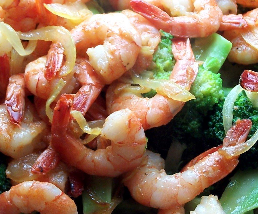 Vientiana lao cuisine saut de crevettes au brocolis - Cuisiner des brocolis ...