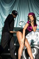 Rihanna Shows Off Her Legs