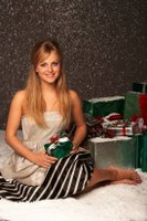 Tina O'Brien Shows Off Her Legs