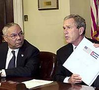 Bush presentando la iniciativa para ayudar a una Cuba Libre