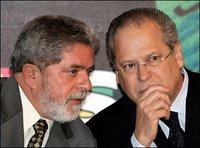 Presidente Lula recibiendo consejos de Dirceu
