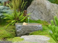 Japanese fountain (c) Kayar Silkenvoice