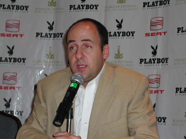 Ø Inédito y único para Playboy México: Raúl Saylors