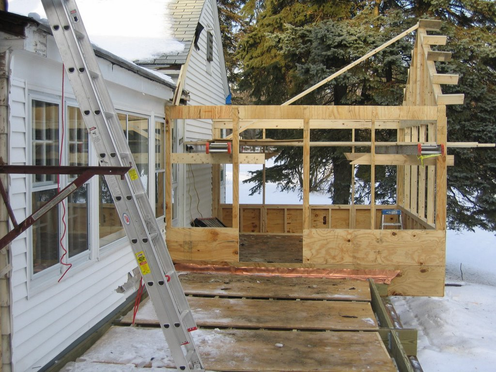 the-whalom-house: Buillding a 3 season porch in the 4th