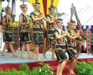 sabah murut festival colour and beauties