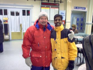 Subramaniam Paneerselvam and Matti Ylitalo, Oulu Railway Station 31st January 2006