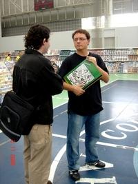Odair Braz Jr. da Pixel troca uma idéia com Marcelo Del Greco, da JBC