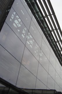 Photo of the glass front of Brighton's Jubilee library