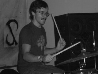 Eamon/drummer - Motheater