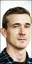 David Mitchell looks like the kind of guy who marries Japanese women