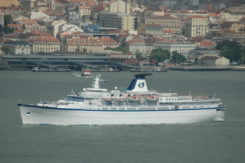 LISBON CRUISE SHIPS CALLS