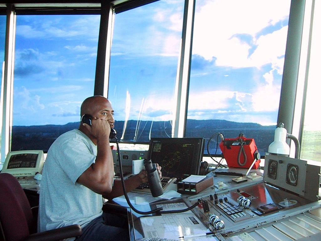 R.Worthington's Page: Working As An Air Traffic Controller