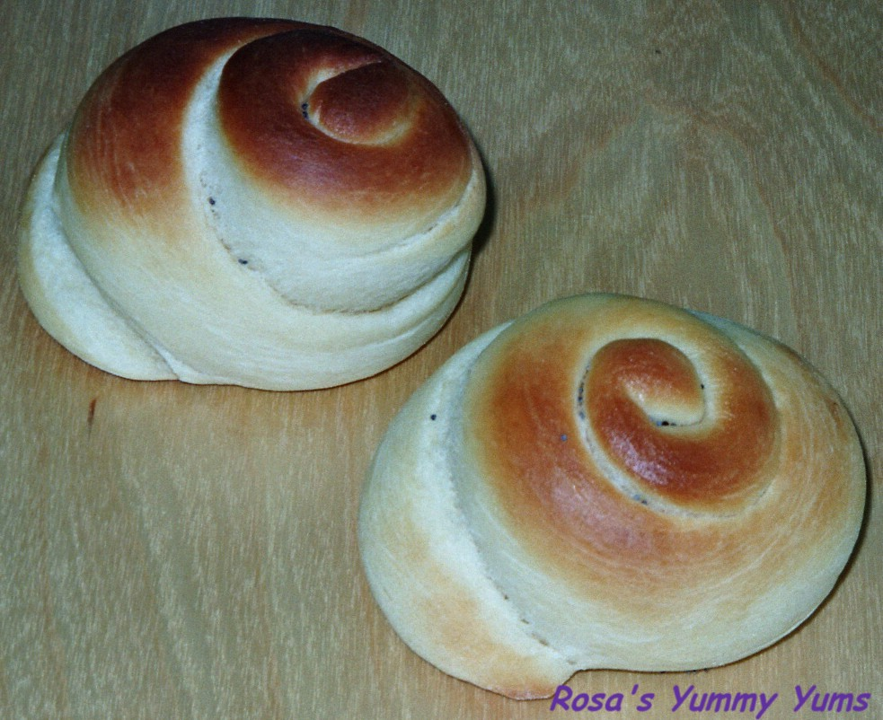 rosa 39 s yummy yums pain au lait bread. Black Bedroom Furniture Sets. Home Design Ideas