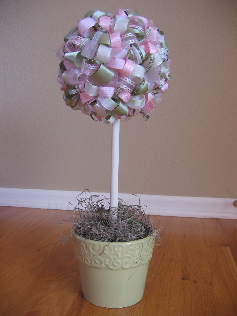 Polka Dot Treats Ribbon Topiaries DIY Centerpieces