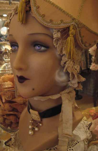 http://photos1.blogger.com/blogger/6622/3035/1600/manneq.0.jpg