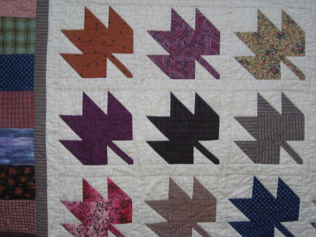 klein meisje quilts: fall, maple leaves