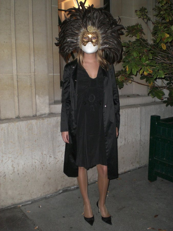eyes wide shut costume ideas