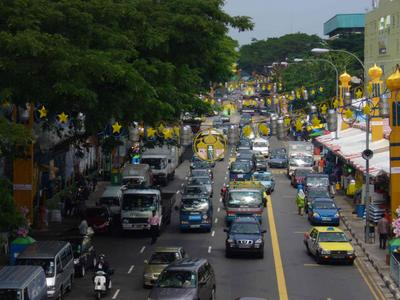 Geylang Road, looking east.
