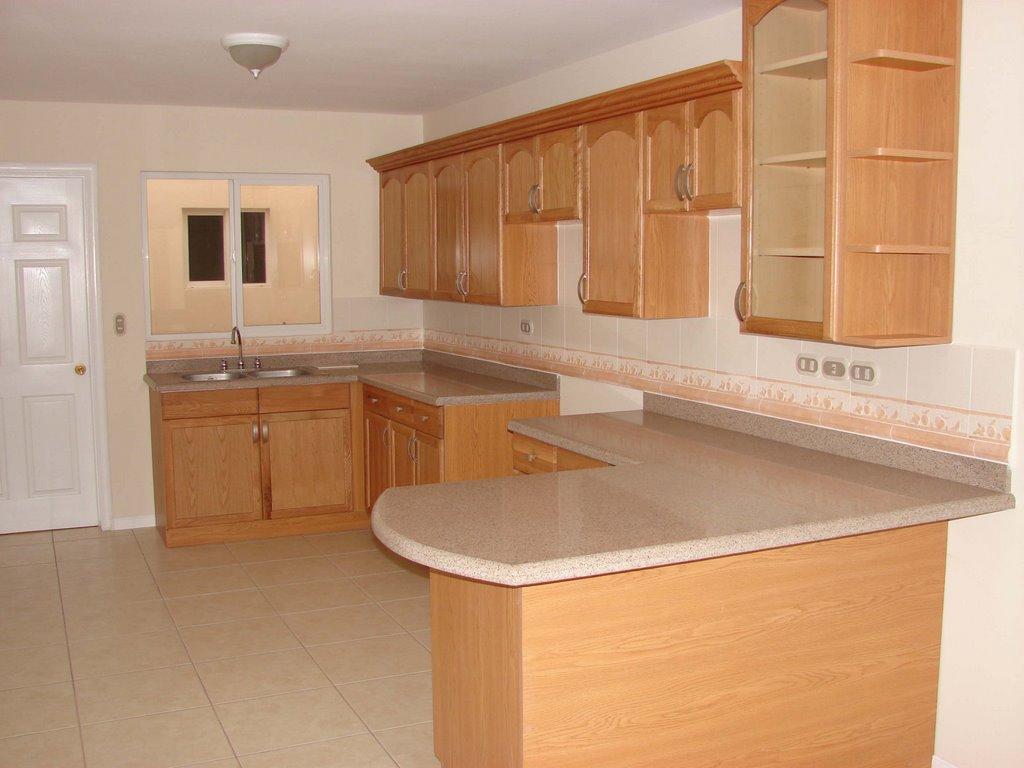 Muebles para cocina peque a con desayunador for Esmalte para muebles de cocina
