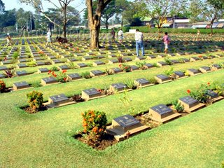 Kanjanaburi Graves War Cemetery in Thailand