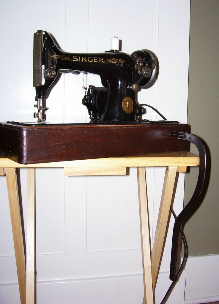 singer sewing machine serial number database