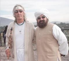 Valum Votam, Guru Dr. Jose Arguelles junto al Zahir Sheikh GG::