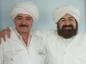 Hakim Isis Dr. Ernesto Sanchez Marin, Iniciado en la Luz... propuesto a Guru, Derviche que lleva a toda su familia al Sufismo, por mas de 30 años educado en las canalizaciones de los Trinitarios Marianos