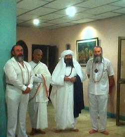 Maestros Oxil Pali Ur, Guru Mangala, Al Zahir Sheikh GG:: y Sat Chellah Michan