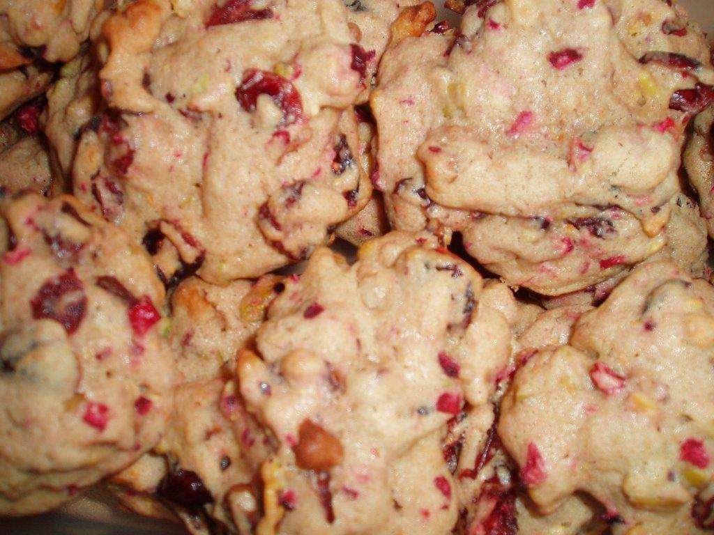 erin's kitchen: SHF/IMBB Cookie Swap: Cranberry-Orange Drop Cookies
