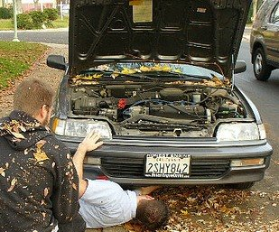 joe helps alec find the plug to his oil pan by Kendrak