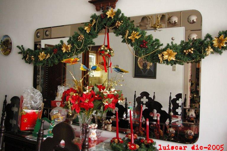 Achalaw adornos de navidad for Arreglo sala comedor comedor