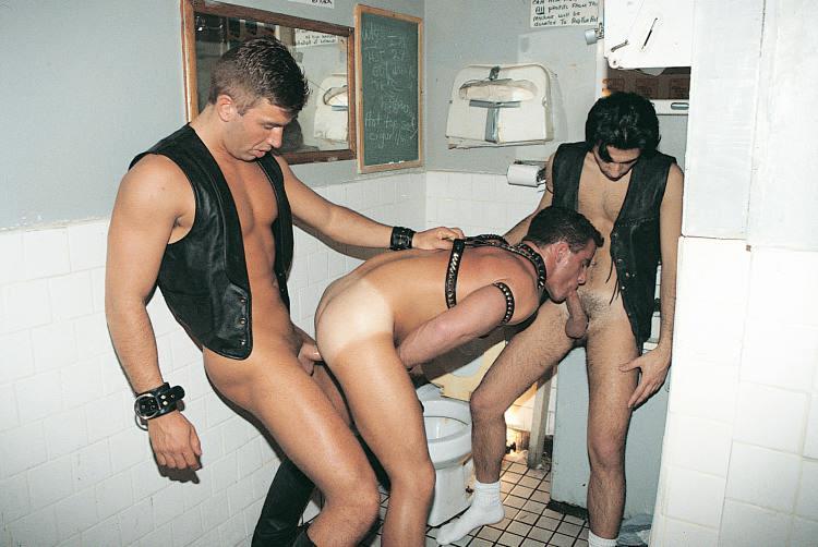 индивидуалки туалетное рабство