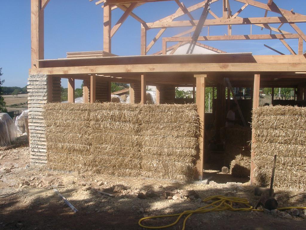 Notre maison en paille la paille for Maisons en paille