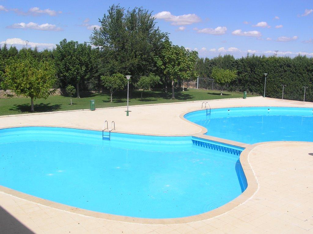 Cal petit del canton piscina municipal for Piscina municipal arganda del rey