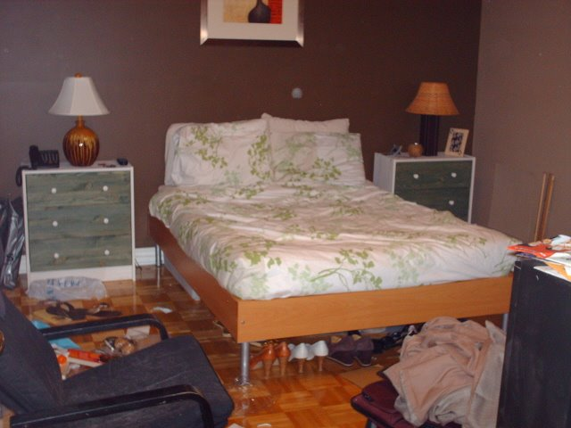 Topstitchgirl my messy bedroom ma chambre coucher l for Chambre a coucher 1940