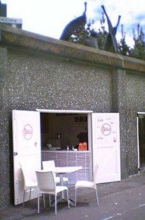 GLow - juice shop beneath Frank Kitts Park