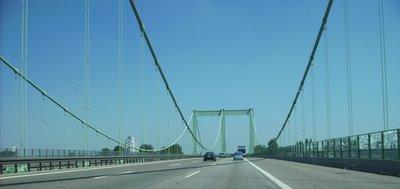 Köln - Rodenkirchener Brücke Richtung Asien