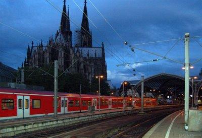 Nahverkehr im Kölner Hauptbahnhof