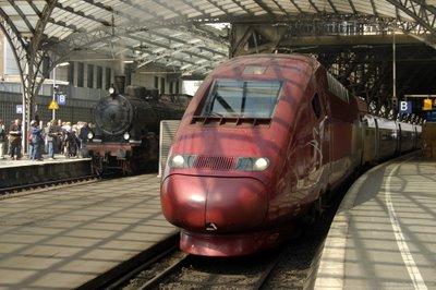 Dampfsonderzug und Thalys aus Paris Nord