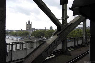 Altstadt von Köln mit der Kirche Gross St. Martin