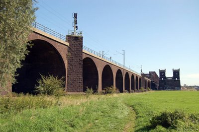 Eisenbahnbrücke DU-Rheinhausen
